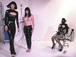 Gwen Media Latex & Rubber Videos Part 2