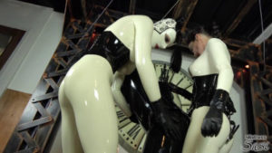 MistressSusi - Fucks Rubberdoll in Suspension