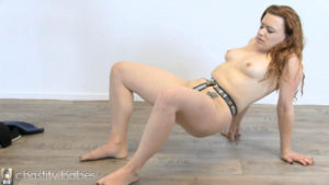 Isabel Dean – Plugged belting
